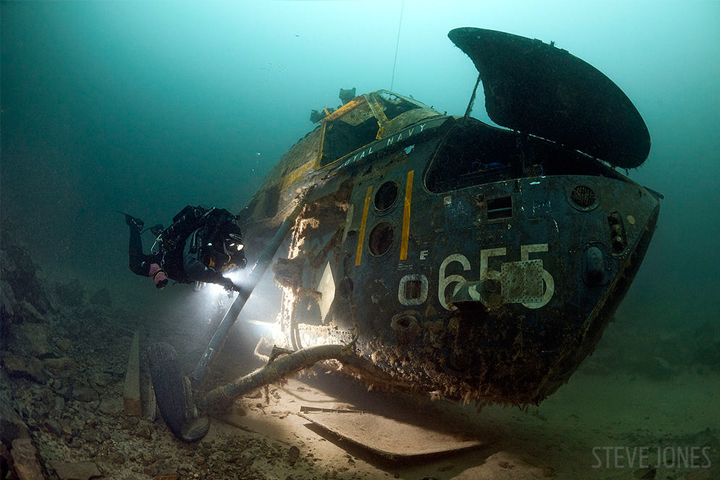 10 Underwater Shipwreck Photos